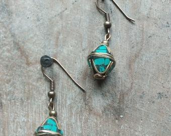 1313 - earrings ethnic, Tibetan, bronze, turquoise chips