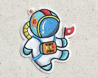Astronaut - Cosmonaut/Space man - Iron on Applique - Embroidered Patch -  1519147-A