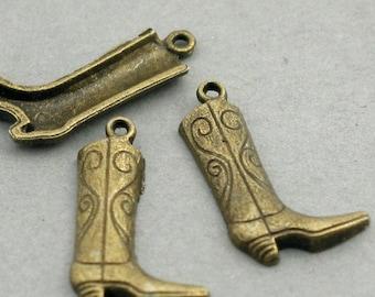 12 Boots Charms, Cowboy Boots pendant beads, Antique Bronze 13X23mm CM0349B