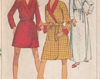 Simplicity 7930 Robe in Three Lengths