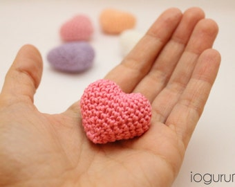 Set of 5 Crocheted Amigurumi Hearts in Sweet Pastel Colors - White, Peach, Pink, Magenta, Lavender
