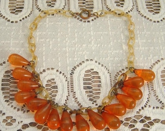 VTG Celluloid chain Necklace with applejuice Bakelite charm dangles
