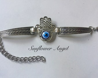 Vintage silver, Kabbalah hand of Fatima, hand of Hamsa, evil eye, good luck bracelet, bangle.