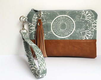 "Wristlet iPhone Plus Wristlet Clutch, Smart Phone Bag, Gray Sunflower Print with Faux Leather Base 9""x6""  (ready to ship)"