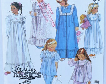 McCall's 2777 Girls Ruffled Pajamas Nightgown Robe Size S 4 5 6 UNCUT Sewing Pattern Vintage 80s Booties With Appliques And Bag Jammies Girl