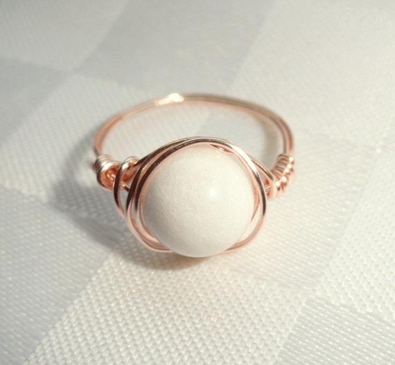 Weißen Stein-Ring weiße jade rose gold Draht umwickelt Ring