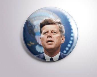 John F. Kennedy - pins / buttons / magnets - PRESIDENT USA JFK
