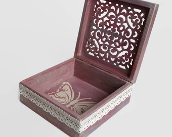 Butterfly box Purple jewelry box Jewelry box Romantic butterfly box Memory box Wooden Box Gift for girl Personalized jewelry box Tender box