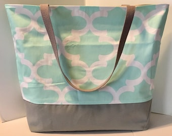 LARGE Tote Bag . Fynn in Mint and Gray . Teacher tote . Large beach bag . Quatrefoil . great bridesmaid gifts MONOGRAMMING Available