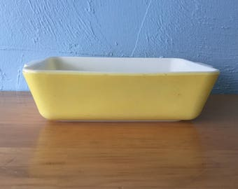 Pyrex Primary 503 Yellow Refrigerator Fridgie Dish Casserole Multicolor