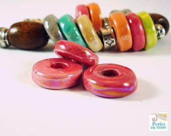 2 rings in bright pink glazed ceramic, 4x15mm (pc40)