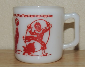 Hazel Atlas Circus Motif Kiddie Mug 1950s