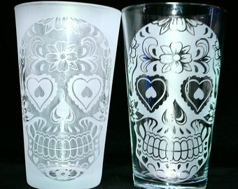 Sugar Skull Flower & Heart Drinking Glass