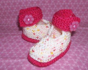 Baby newborn to 3 months hand knitted babies shape