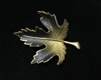 Vintage Brooch, Goldtone With Black, Leaf