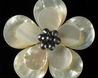 g0579 Mother of pearl MOP Shell natural pearl flower focal bead 55mm two loops for pendant bracelet  or necklace