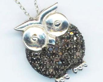 Vintage Sterling silver Owl Pendant . Animal charm . Night Creature Jewel. Night Bird Pendant .  Sparkling Owl Jewelry . Sterling Silver Owl