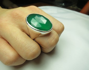 Faceted green onyx ring, size 8, set in solid 92.5 sterling silver, faceted,view link to purchase resizing below in item details