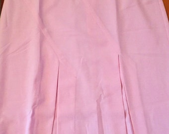 Gorgeous vintage skirt in pale pink