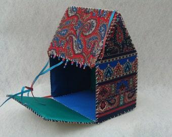 Υφασμάτινο Κουτί Σπιτάκι / Fabric Storage Box - House (Morocco)