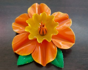 Vintage Large Orange & Yellow Daffodil Enamel Flower Brooch Pin - excellent condition