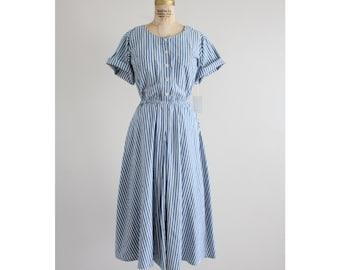 blue striped dress | button down dress | striped market dress