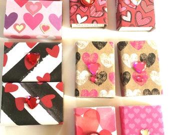 Valentine Matchboxes//Matchbox Party Favors//Heart Matchboxes//Matches Not Included//Small Matchbox Set//Set of 10//Cute Party Favors