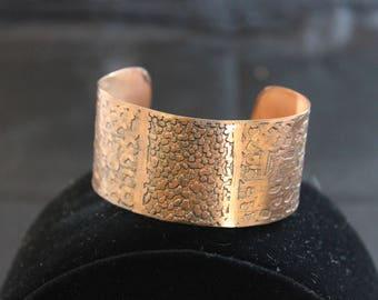 Beautiful Etched Copper Cuff Bracelet (05212017-032)