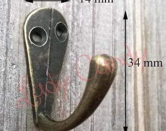 Small hook / key furniture /#120049 cardboard box