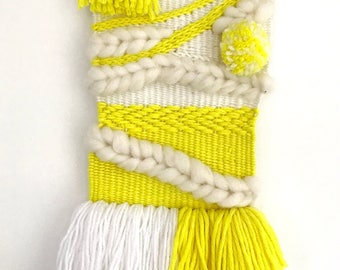 Woven wall hanging (Citrus yellow)