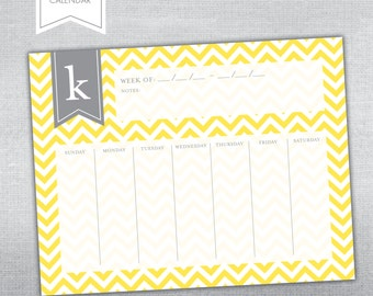 Weekly Desk Calendar. Desk calendar notepad.