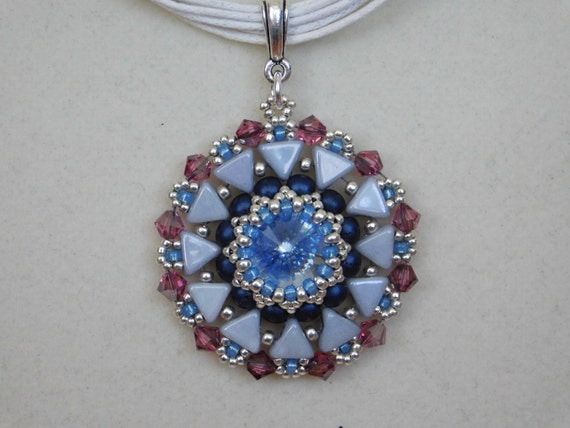Bead pendant tutorial beaded pattern jewelry instructions mozeypictures Choice Image