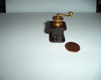 1:12 scale Dollhouse Miniature Coffee Grinder