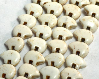 Six Dyed White Magnesite Zuni Style Bear Fetish Beads Southwestern Navajo Pueblo Sky Water Totem Animal Cool Puff Cream Ecru Taupe Off Cocoa