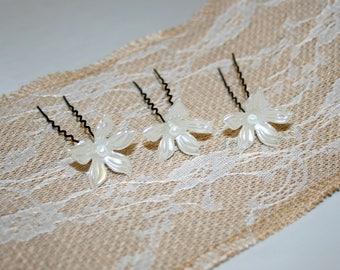 White Flower Bridal Hair Pin, Pearl Flower Hair Pin, Set of 6