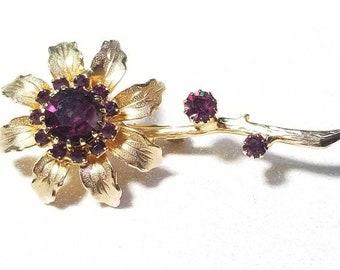 ON SALE  : Beautiful Vintage Deep Purple Rhinestone Pin Brooch Goldtone