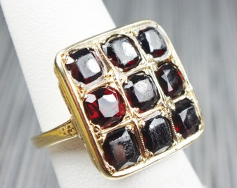 Vintage Ring Garnet Ring Art Deco Ring Vintage Garnet Ring Deep Red Garnet January Birthstone Ring Circa 1930 Heavy 14k Gold Ring Size 5 1/2