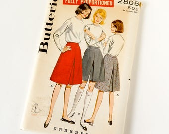 Vintage 1960s Womens Proportioned Flared Culotte Butterick Sewing Pattern 2808 Complete / waist 24 hip 33 / Knee or Above Knee Length