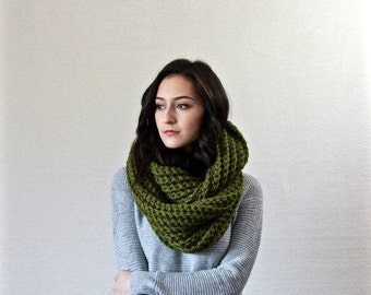 Le Fleur - CILANTRO // Chunky Infinity Scarf, Textured Cowl, Shawl Hooded wool scarf