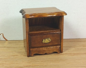 MINIATURE SIDE DRESSER, 1:12 Traditional Scale, 1970's, Wood, Vintage Dollhouse Furniture
