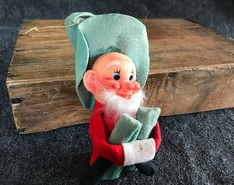 Rare knee-hugger elf