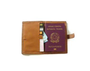 Passport door in vegetable tanned leather, card holder, gift for him, gift for her, gift for travel