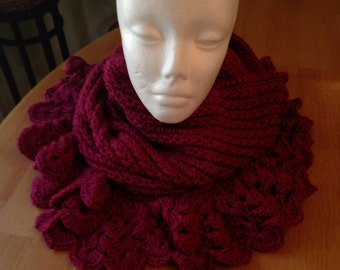 Cowl, scarf, hood, crochet, red,