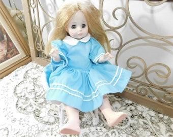 Eegee Doll wearing Alice in Wonderland Madame Alexander Doll Clothes, Vintage Alice in Wonderland Doll, Vintage Dolls, Vintage Toys, :)s*