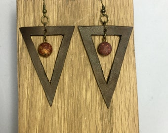 Triangle leather earring with Jasper