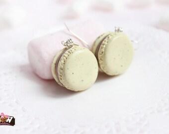 BO - Chocolate vanilla Macarons