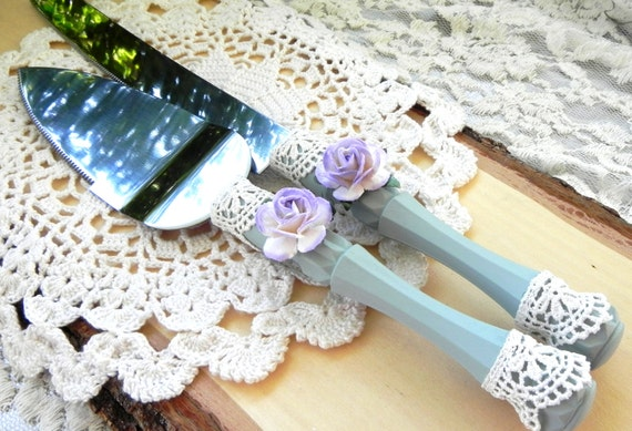Shabby Chic Wedding Cake Server and Knife Set, Sage Green, Lilac and Ivory, Bridal Shower, Baby Shower, Wedding Gift