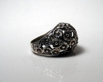 Domed Flower Ring in Sterling Silver RF464