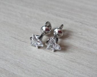 Silver stud earrings studs Pyramid Chrystals