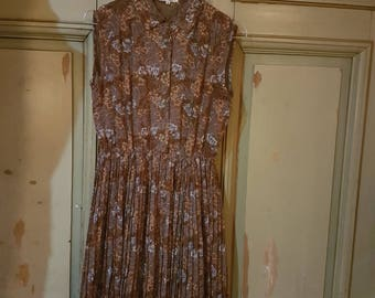 Brown floral day dress with cute green buttons